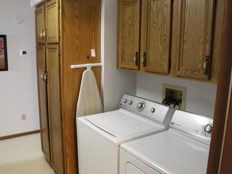 washer dryer main floor